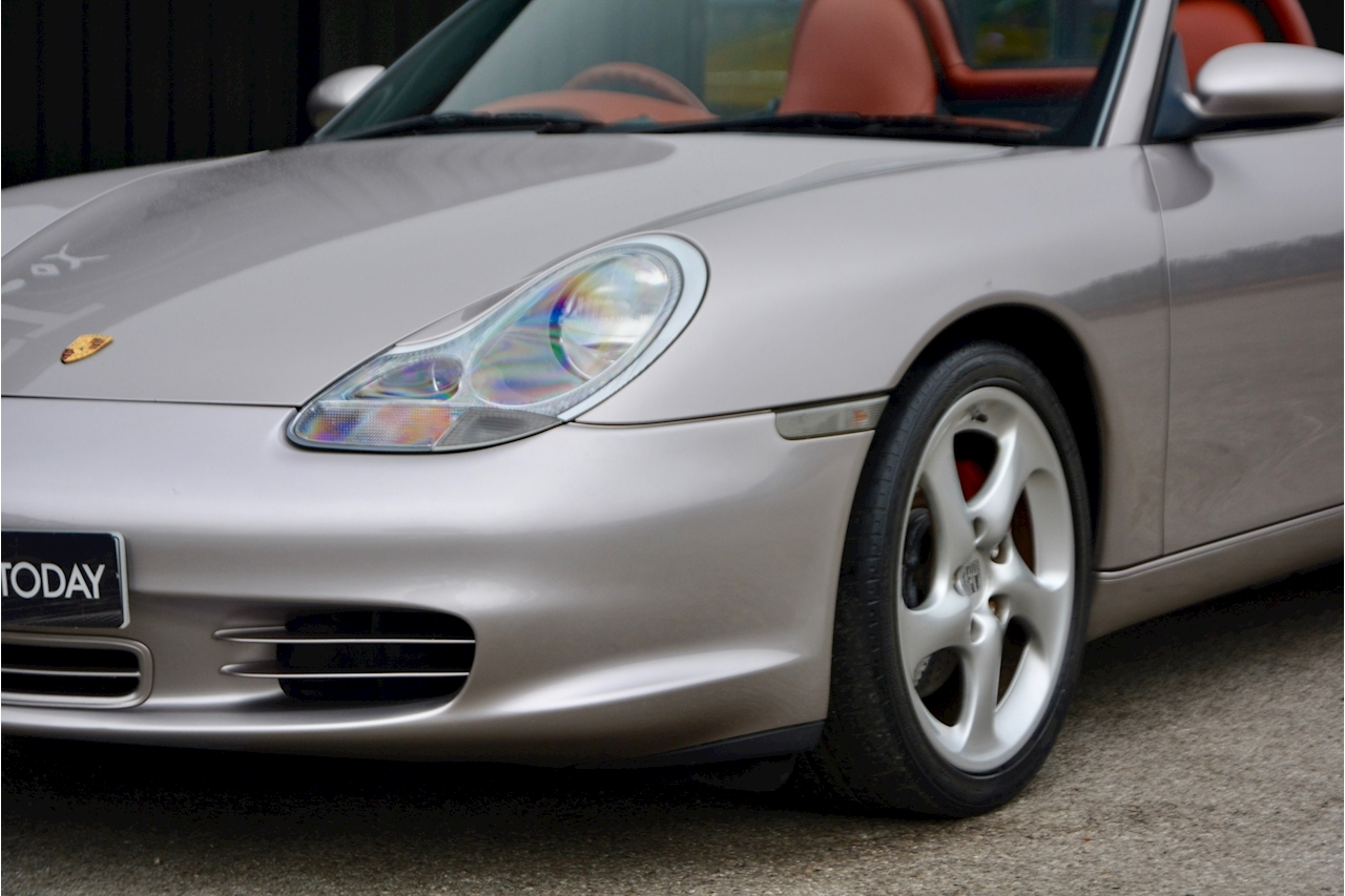 Porsche Boxster 3.2 S Manual 14 Porsche Main Dealer Stamps + Ultra Rare - Large 25