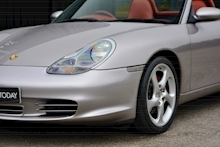 Porsche Boxster 3.2 S Manual 14 Porsche Main Dealer Stamps + Ultra Rare - Thumb 25