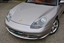 Porsche Boxster 3.2 S Manual 14 Porsche Main Dealer Stamps + Ultra Rare - Thumb 24