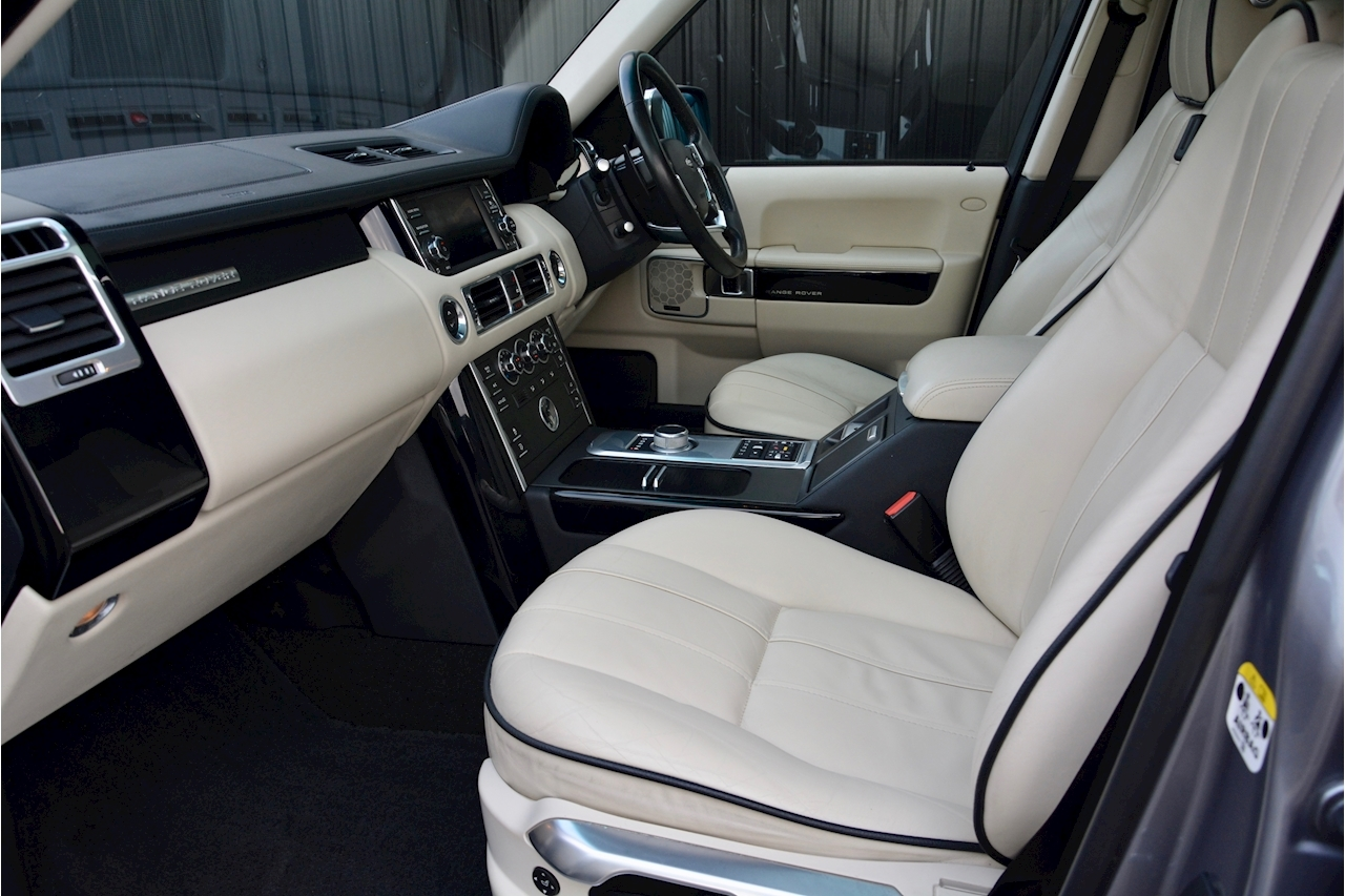 Land Rover Range Rover Range Rover Tdv8 Vogue 4.4 5dr Estate Automatic Diesel - Large 2