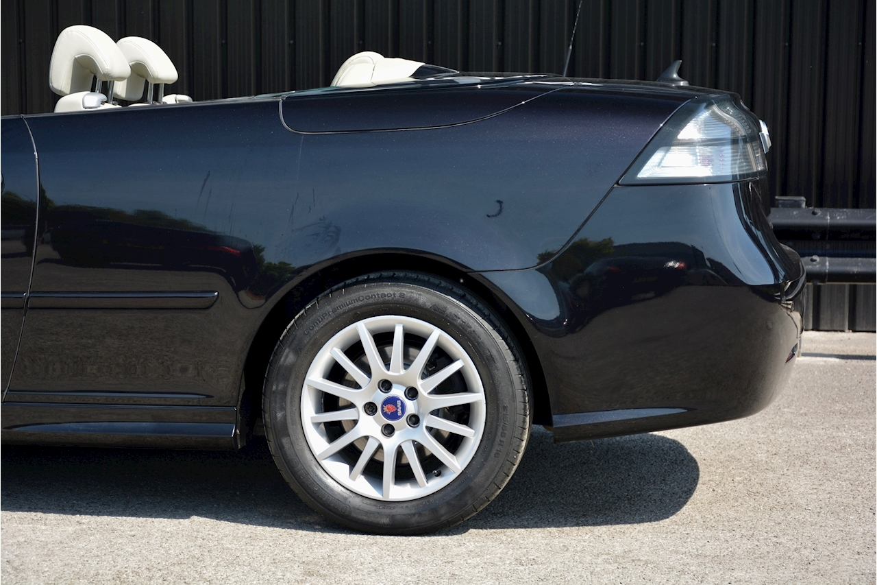 Saab 9-3 Convertible 1.9 TTID Automatic 1 Former Keeper  + Just 35k Miles + Pristine - Large 19