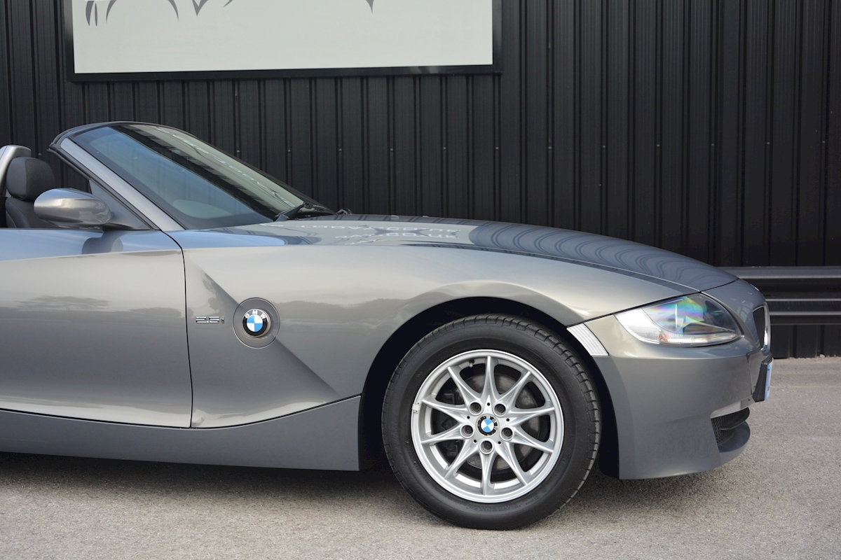 Used Bmw Z4 2 5i Se Manual Convertible Z4 2 5i Se Manual