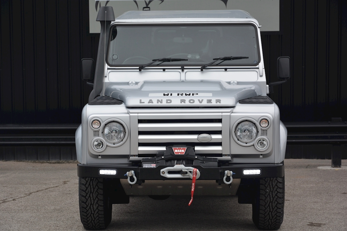 Land Rover Defender 90 XS Just 588 miles + Incredible Opportunity - Large 4