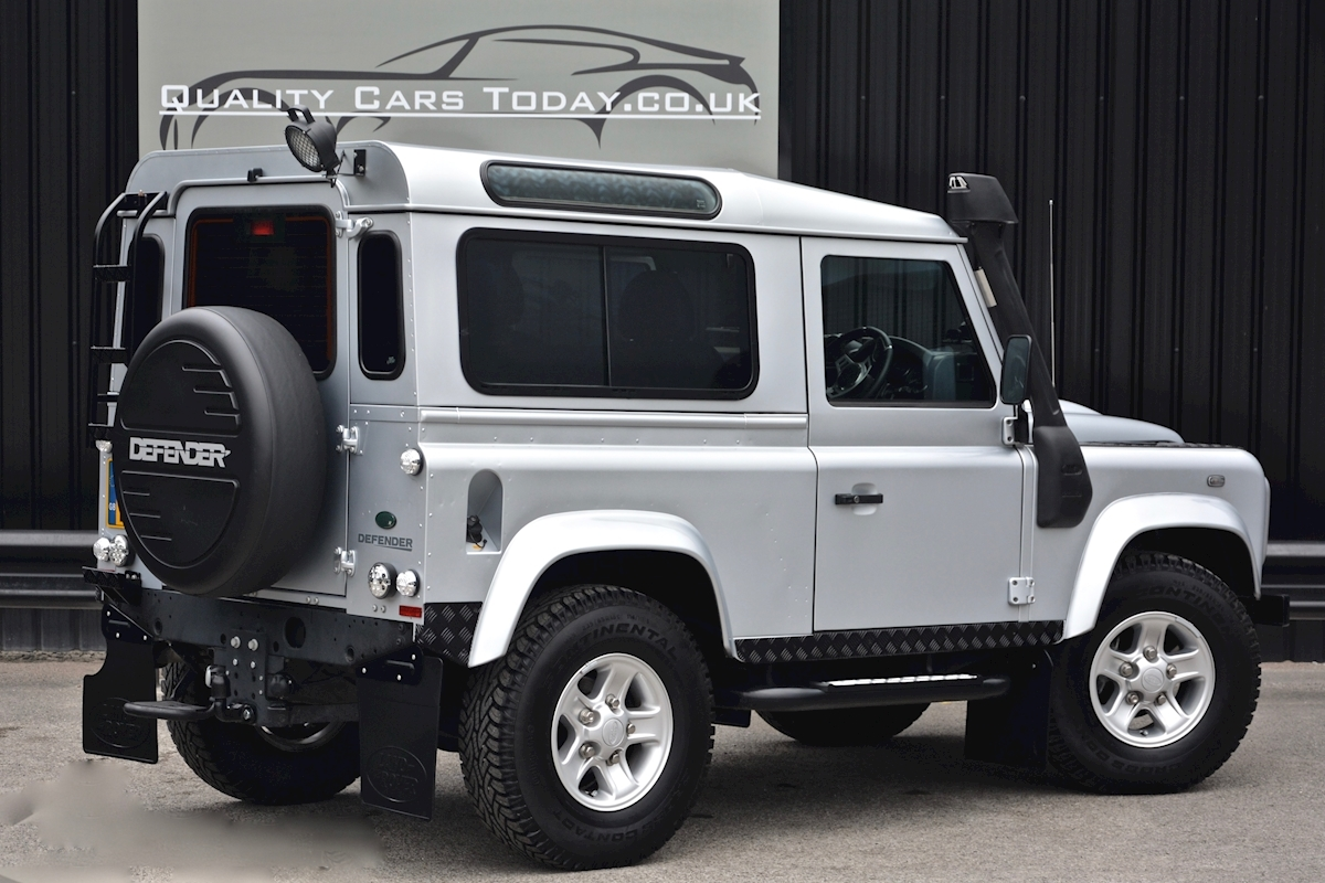 Land Rover Defender 90 XS Just 588 miles + Incredible Opportunity - Large 17