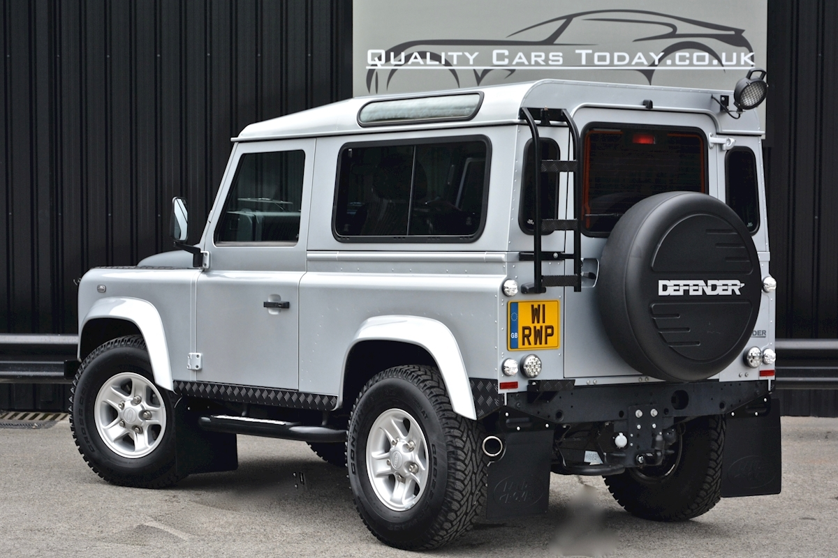 Land Rover Defender 90 XS Just 588 miles + Incredible Opportunity - Large 18