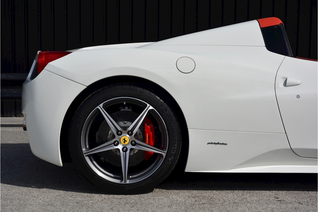 Ferrari 458 Spider £233k List + Mega Spec + 1 Former Keeper + Full Ferrari History - Large 8