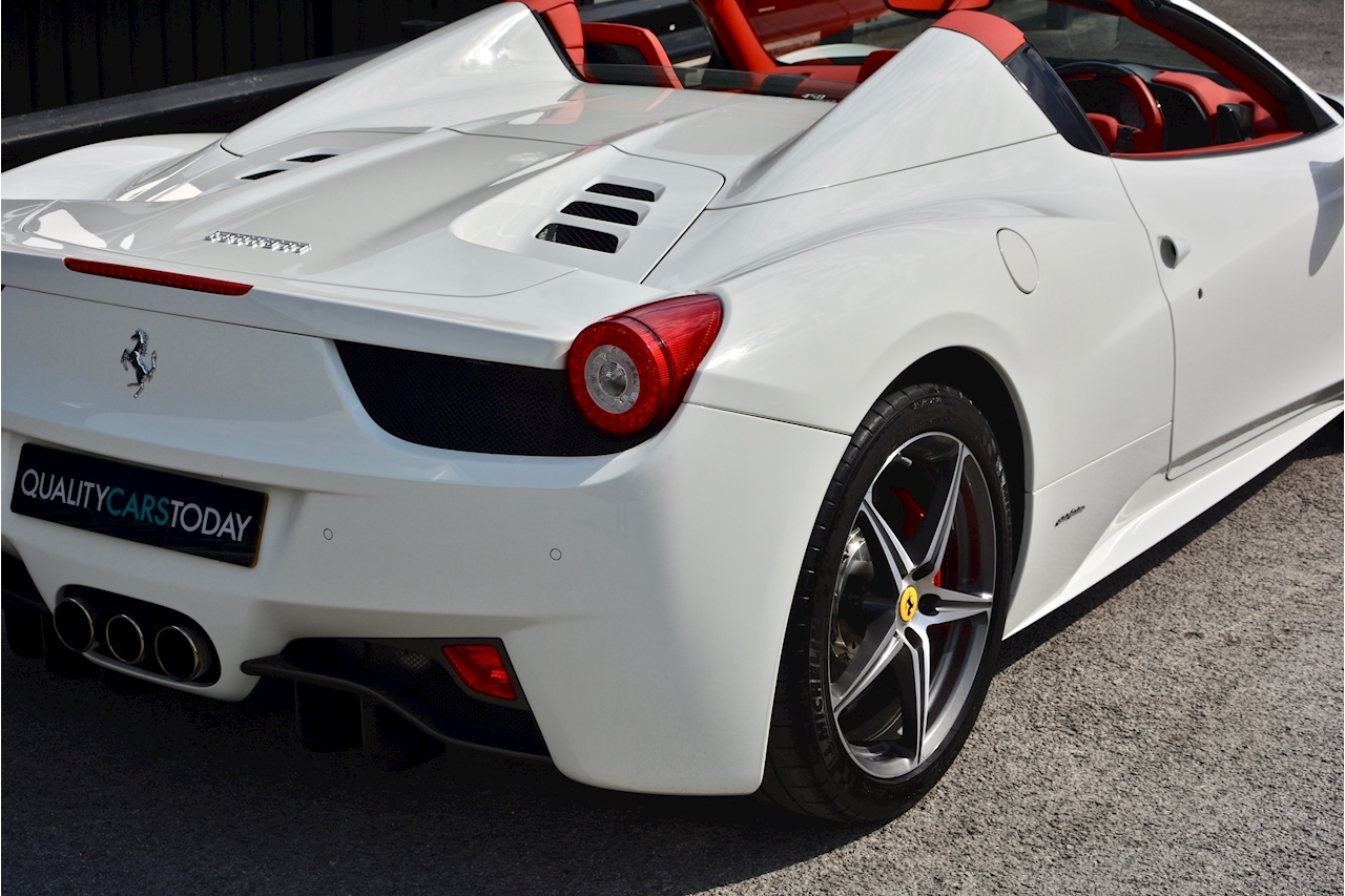 Ferrari 458 Spider £233k List + Mega Spec + 1 Former Keeper + Full Ferrari History - Large 7