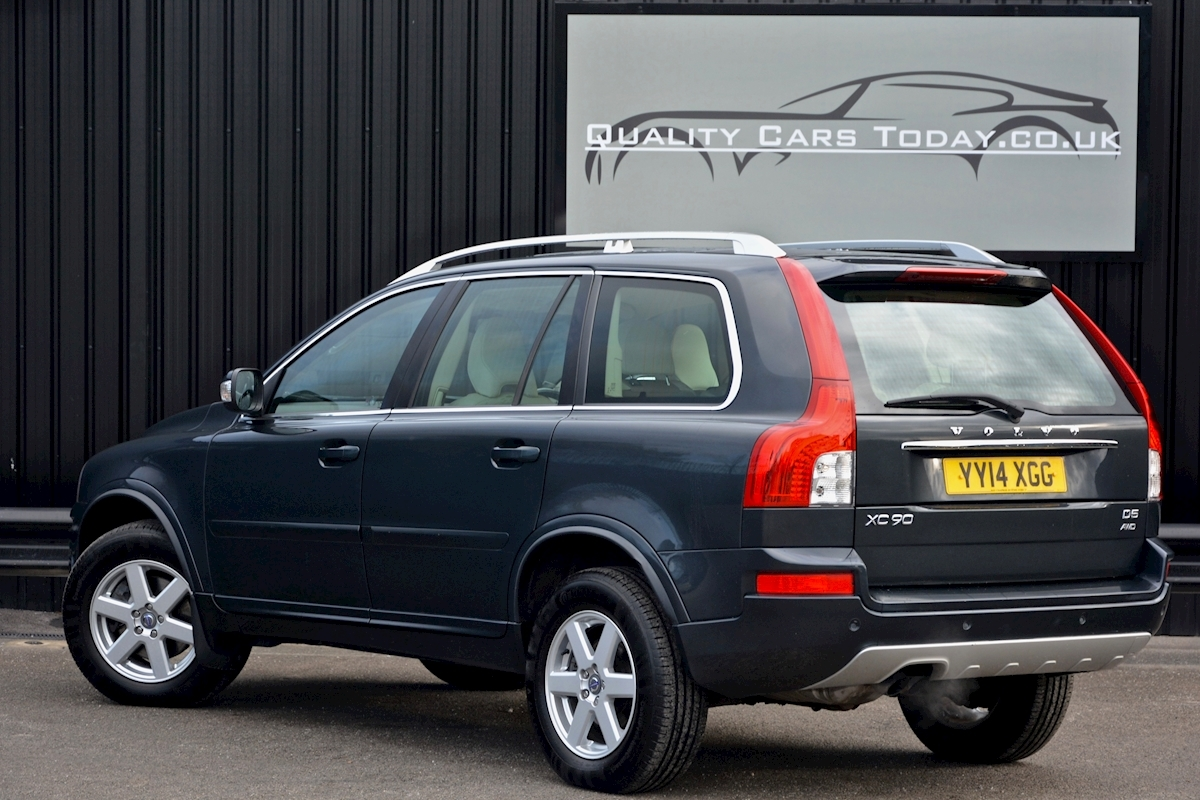 Volvo Xc90 Xc90 D5 Es Awd Estate 2.4 Automatic Diesel - Large 1