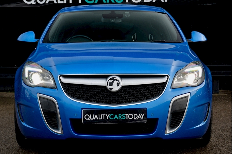 Vauxhall Insignia VXR Supersport Insignia VXR Supersport 2.8 V6 Image 3