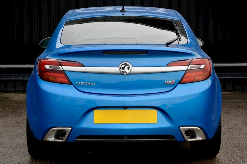 Vauxhall Insignia VXR Supersport Insignia VXR Supersport 2.8 V6 Image 4