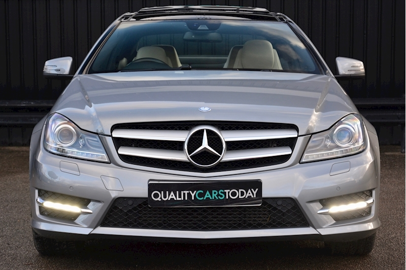 Mercedes-Benz C Class Panoramic Roof + Rare Spec + Full History Image 3