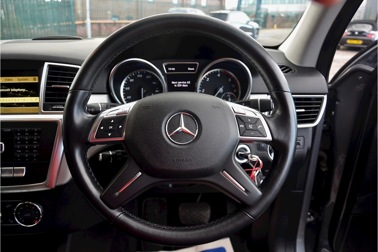 Mercedes-Benz ML 250 Special Edition ML 250 2.1 BluTec - Large 16