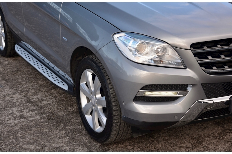 Mercedes-Benz ML 250 Special Edition ML 250 2.1 BluTec Image 23