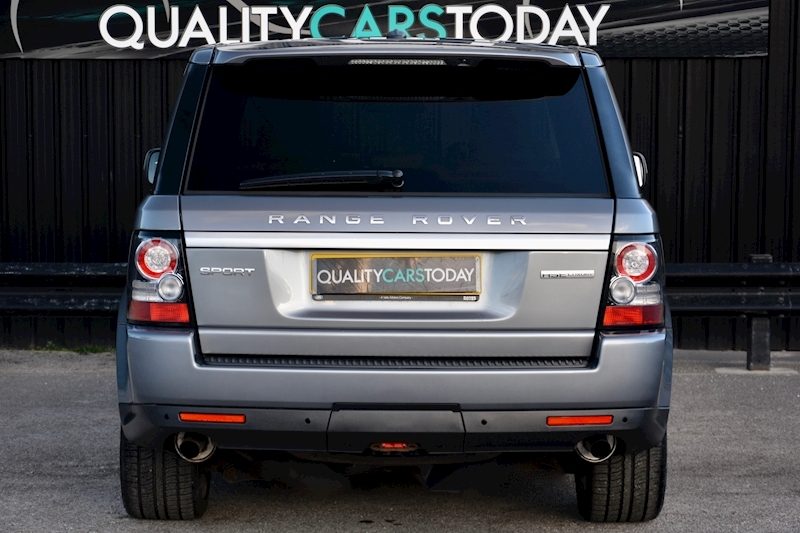 Land Rover Range Rover Sport HSE Luxury LR+1 Lady Owner + Comprehensive History + Outstanding Image 4