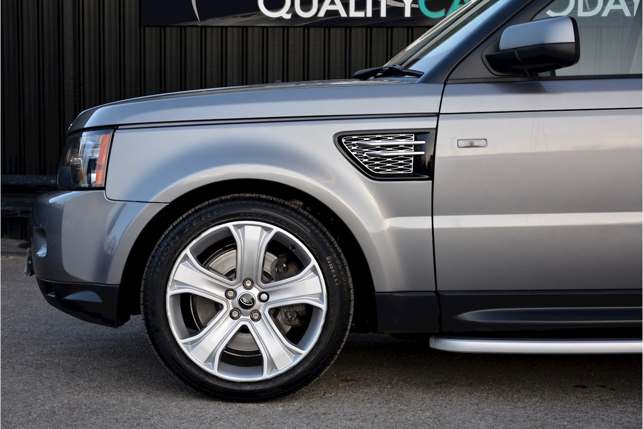 Land Rover Range Rover Sport HSE Luxury LR+1 Lady Owner + Comprehensive History + Outstanding - Large 44
