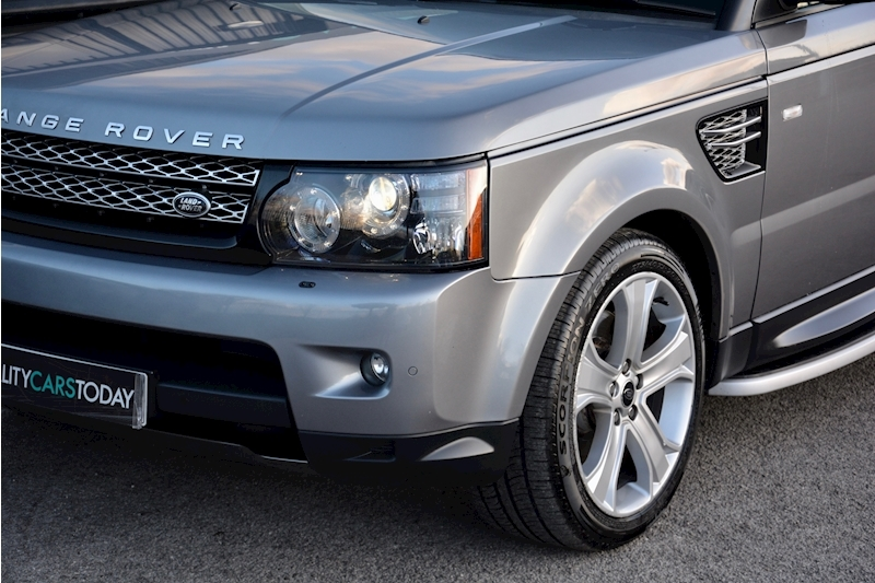 Land Rover Range Rover Sport HSE Luxury LR+1 Lady Owner + Comprehensive History + Outstanding Image 43