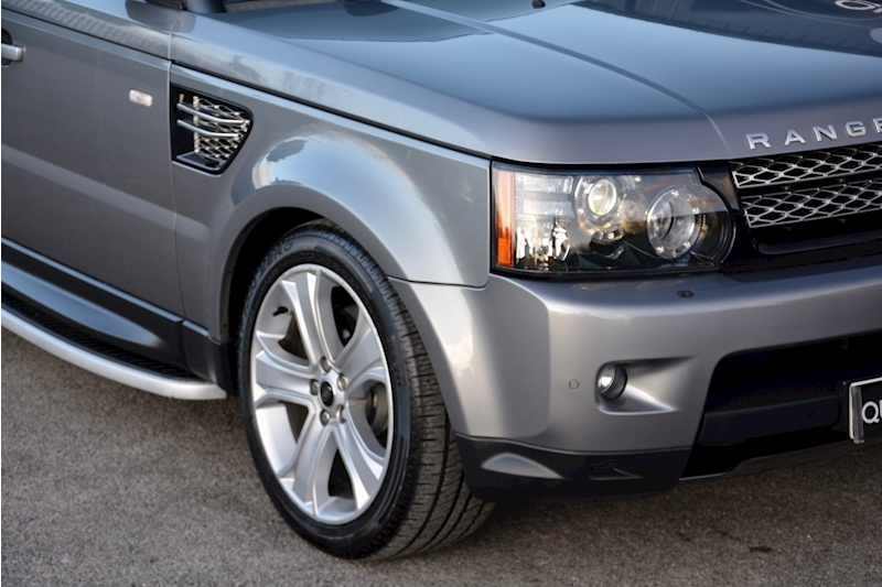 Land Rover Range Rover Sport HSE Luxury LR+1 Lady Owner + Comprehensive History + Outstanding Image 50