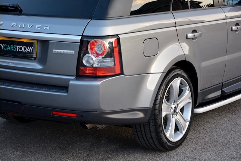 Land Rover Range Rover Sport HSE Luxury LR+1 Lady Owner + Comprehensive History + Outstanding Image 47