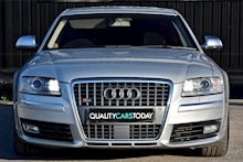 Audi S8 5.2 V10 Full Audi Dealer History + Ceramic Brakes + Adaptive Cruise - Thumb 3