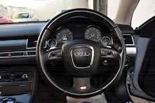 Audi S8 5.2 V10 Full Audi Dealer History + Ceramic Brakes + Adaptive Cruise - Thumb 31