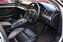 Audi S8 5.2 V10 Full Audi Dealer History + Ceramic Brakes + Adaptive Cruise - Thumb 7