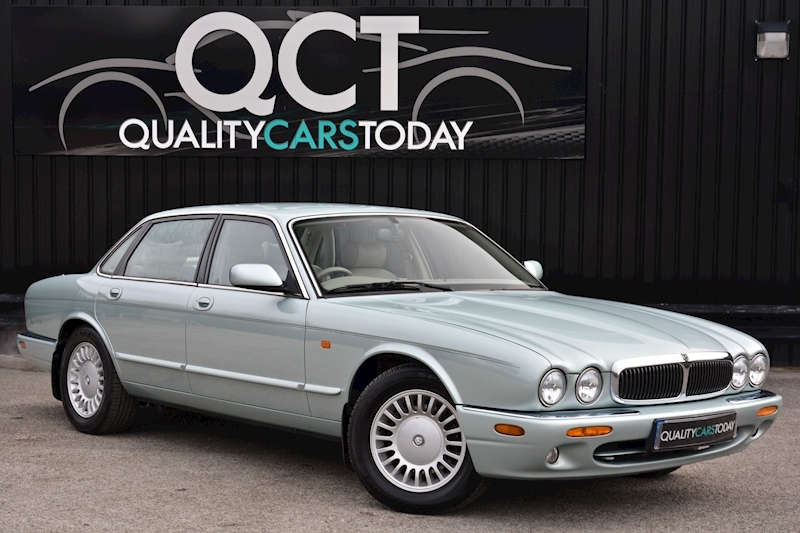 Jaguar XJ8 3.2 V8 3 Former Keepers + New Engine in 2005 + Ex Show Winner Image 0