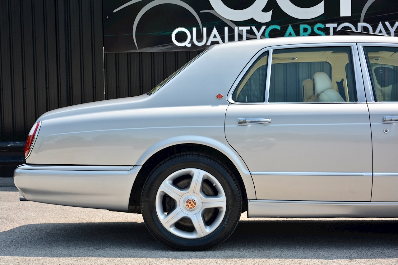 Bentley Arnage Arnage Red Label 6.8 4dr Saloon Automatic Petrol - Large 7