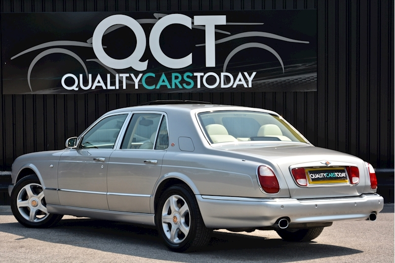 Bentley Arnage Arnage Red Label 6.8 4dr Saloon Automatic Petrol Image 4