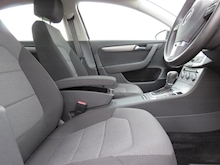 Volkswagen Passat Highline Tdi Bluemotion Technology Dsg - Thumb 4
