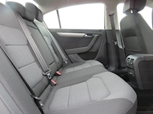 Volkswagen Passat Highline Tdi Bluemotion Technology Dsg - Thumb 9