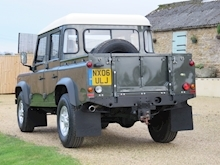 Land Rover Defender 110 Td5 Double Cab - Thumb 1