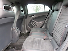 Mercedes A-Class A220 Cdi Blueefficiency Amg Sport - Thumb 10