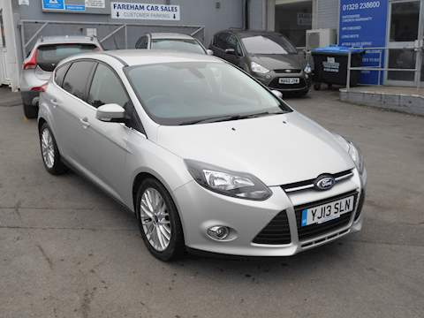 Focus Zetec 1.0 5dr Hatchback Manual Petrol