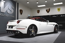 Ferrari California V8 T - Thumb 33
