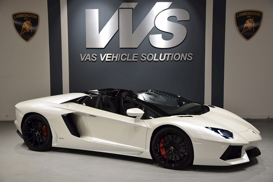 Aventador Lp 700-4 Roadster Convertible JUST 1000 MILES