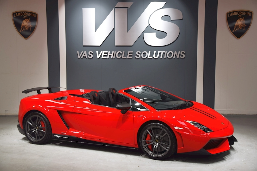 Gallardo LP570-4 Performante Spyder Edizione Tecnica DELIVERY MILES VAT QUALIFYING
