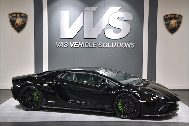 Aventador S Lp 740-4 S 6.5 2dr Coupe Auto HUGE SPEC