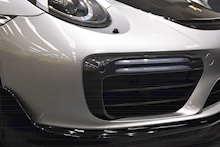 Porsche 911 Turbo S Pdk - Thumb 26