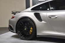 Porsche 911 Turbo S Pdk - Thumb 38