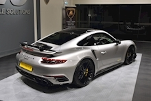 Porsche 911 Turbo S Pdk - Thumb 21