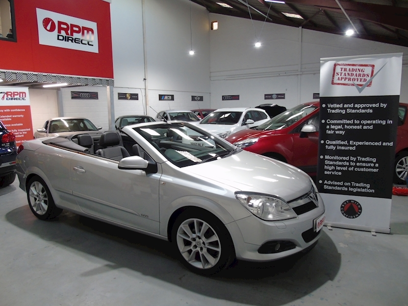 Vauxhall Astra 16v Coupe Twin Top Design 2dr