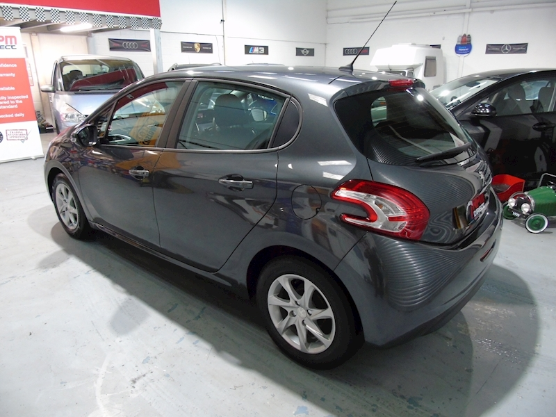 Peugeot 208 1.4 HDI  Active 5dr - Large 3