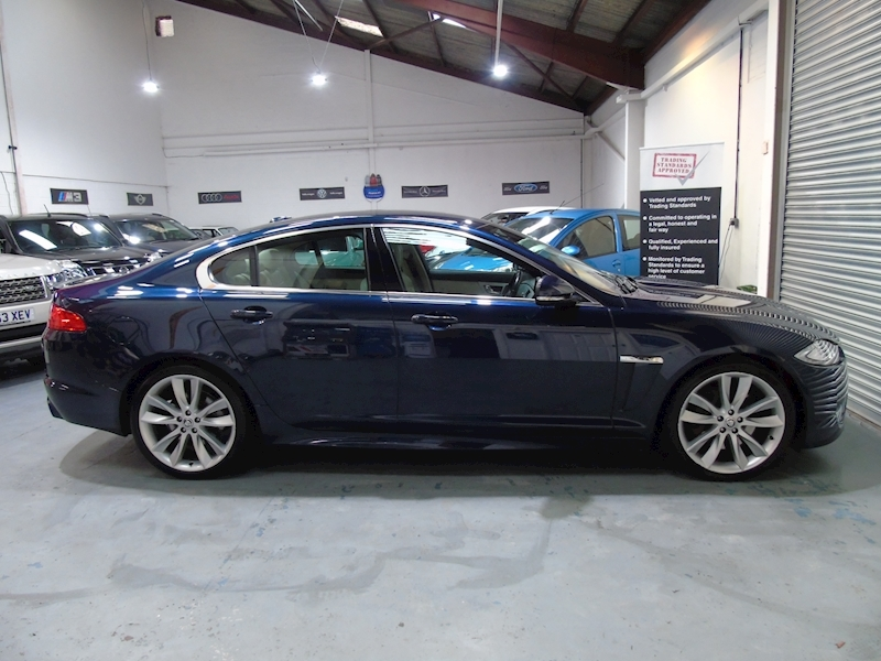 Jaguar Xf 3.0 V6 S Premium Luxury 4dr - Large 6