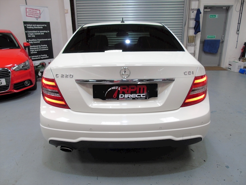 Mercedes-Benz C Class 2.1 C220 CDI Blueefficiency Sport auto 4dr - Large 5