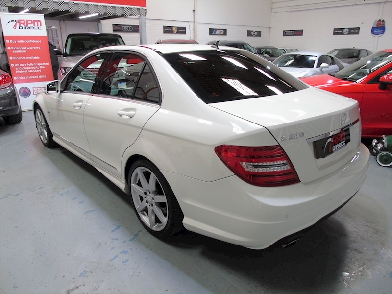 Mercedes-Benz C Class 2.1 C220 CDI Blueefficiency Sport auto 4dr - Large 3