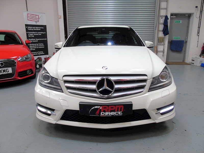 Mercedes-Benz C Class 2.1 C220 CDI Blueefficiency Sport auto 4dr - Large 4