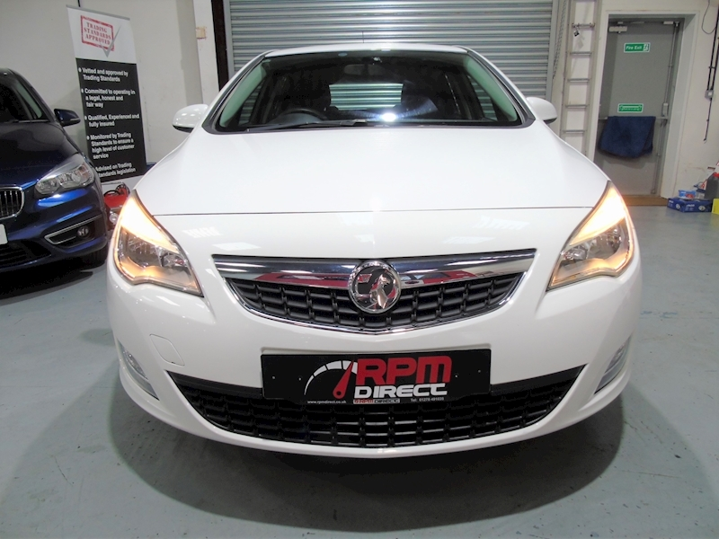 Vauxhall Astra 1.4 Exclusiv 5dr - P/X TO CLEAR - Large 4