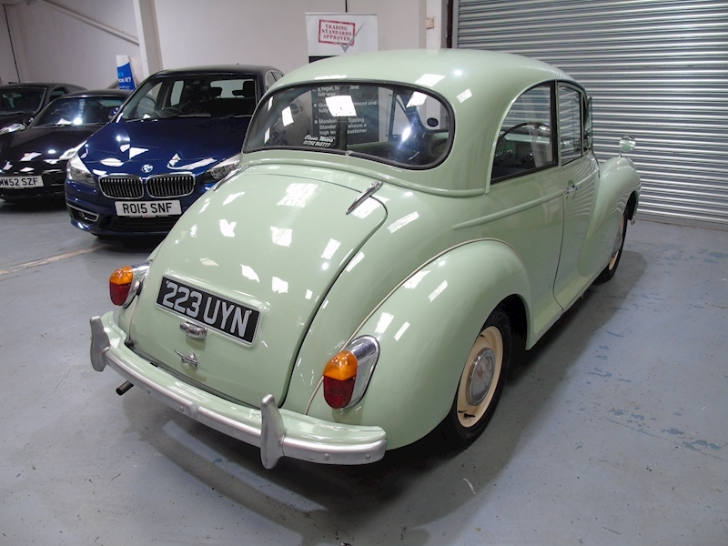 Morris Minor  1000 2dr - Large 2