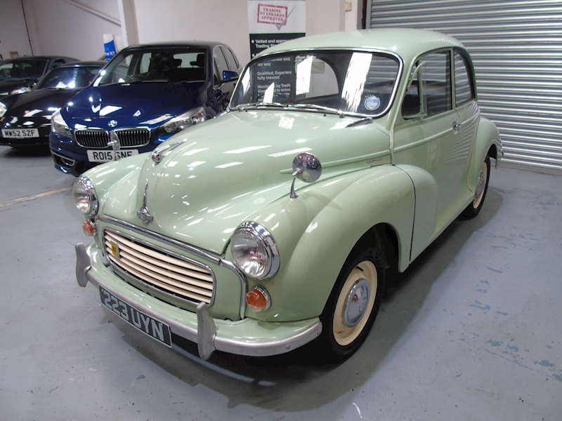 Morris Minor  1000 2dr - Large 1