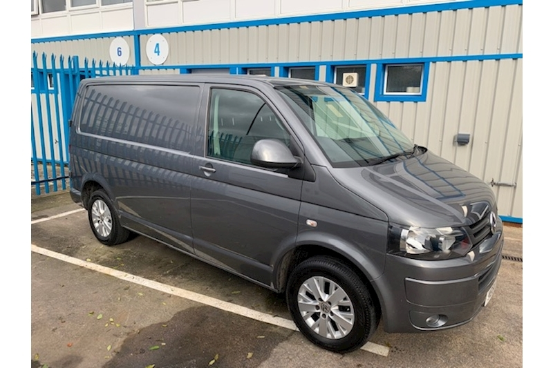 Transporter T28 Tdi P/V Highline Van With Side Windows 2.0 Manual Diesel